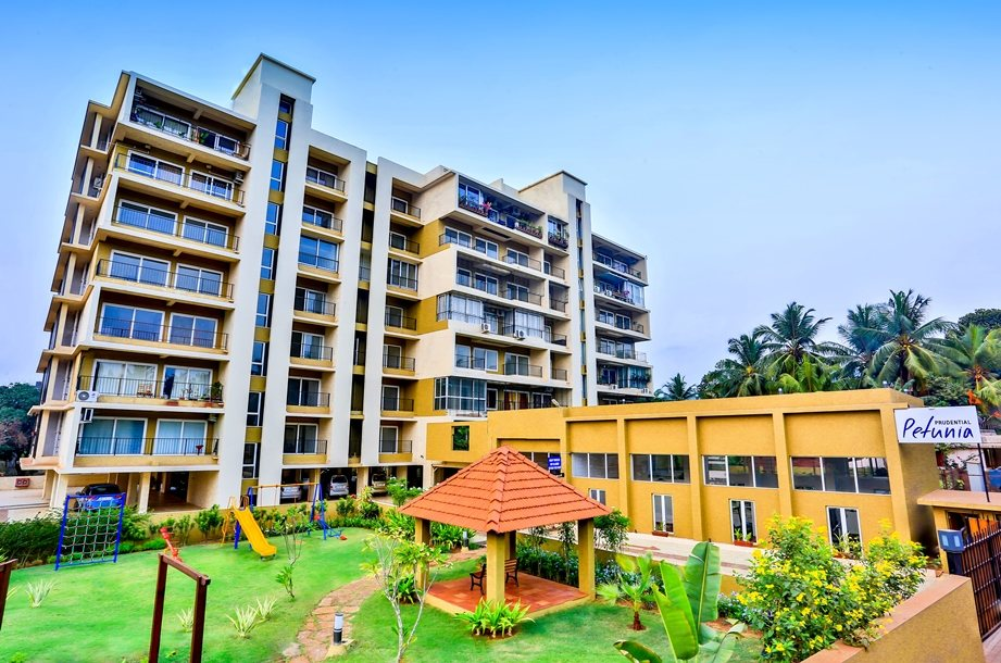 Legal bodies of a residential complex – Co-operative Society v/s others